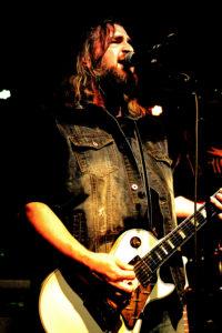 Chris Semonik (lead guitar/vocals)